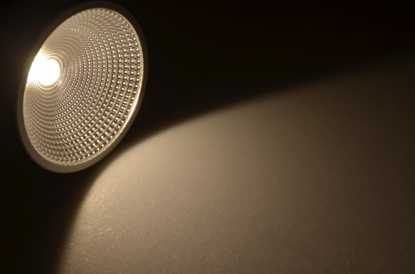 E27 LED-Spot PAR38 LED1x16S27LNW Hochvolt DC-kompatibel (gleichstrom-fähig) neutralweiss (3500°K) CRI>94, IP65. Einsetzbar im Spannungsbereich: 85-265V AC