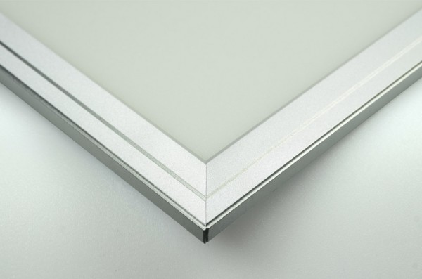 LED-Panel Hochvolt LED336PALKW124 kaltweiss (5500-6500°K) Einbaupanel. Einsetzbar im Spannungsbereich: 90-305 AC